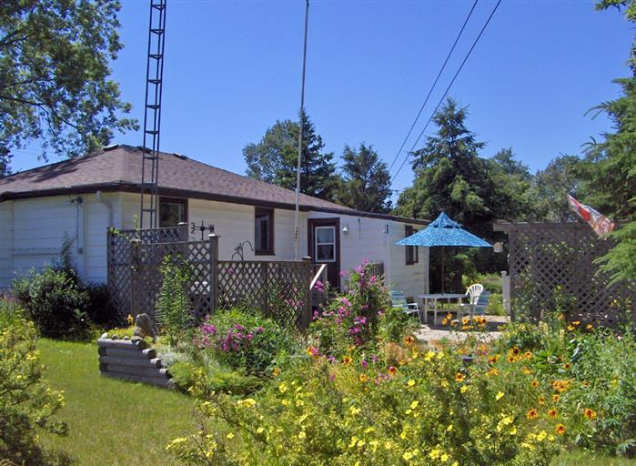La Petite Maison - Image 1 - Prince Edward County - rentals
