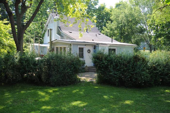 A Sandbanks Retreat - Le Ti' Apartement - Image 1 - Prince Edward County - rentals