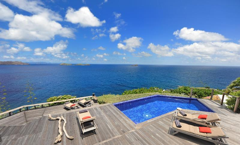 4 Bedroom Villa with Panoramic Ocean View in Pointe Milou - Image 1 - Pointe Milou - rentals