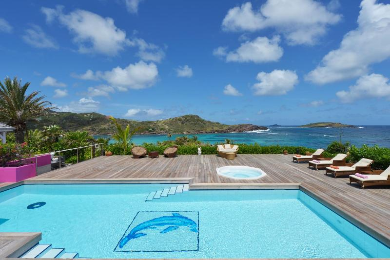 5 Bedroom Villa facing the Caribbean Sea in Petit Cul de Sac - Image 1 - Petit Cul de Sac - rentals