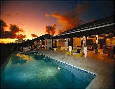 Pool at night. - Remarkable 6 Bedroom Villa with Private Infinity Pool in Little Harbour - Little Harbour - rentals
