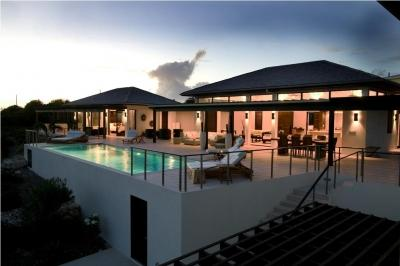 Wondrous 4 Bedroom Villa with Private Pool & Deck in Little Harbour - Image 1 - Little Harbour - rentals