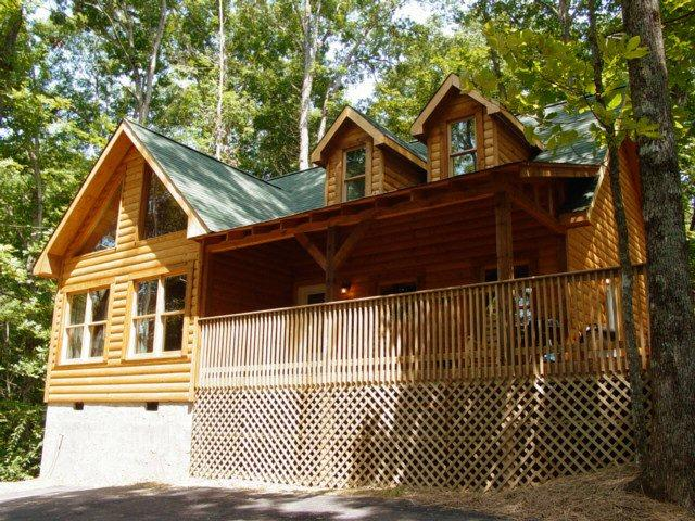 WHISPERING OAKS - Image 1 - Sevierville - rentals