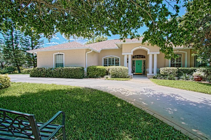 Naples - Kings Lake / Lovely Lake View Pool Home - Image 1 - Naples - rentals