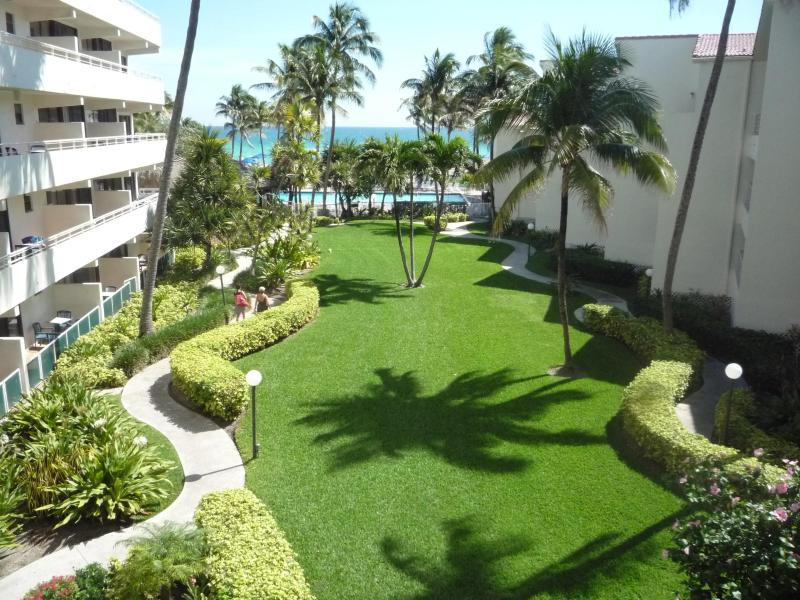 Garden - 1 Bedroom Condo - Limited time offer !! - Sunny Isles Beach - rentals