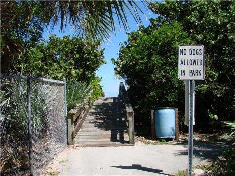 2 Bedroom beach condo Vero Beach Florida - Image 1 - Vero Beach - rentals