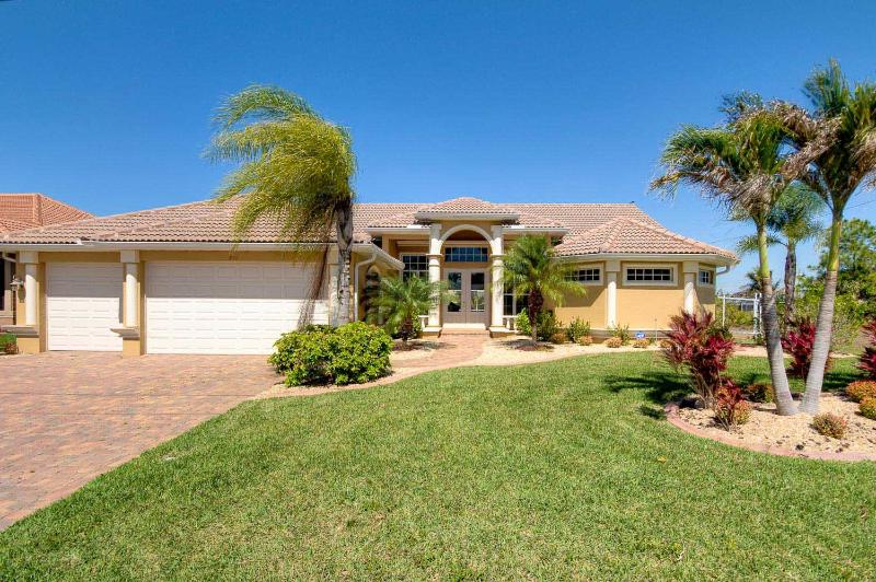 frontage of home - The Jasmine Retreat - Cape Coral - rentals
