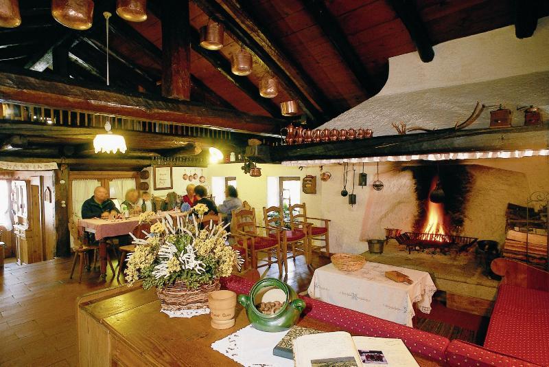 Chalet Maso Doss soggiorno - Chalet, per una vacanza nelle Dolomiti di Brenta - Madonna Di Campiglio - rentals