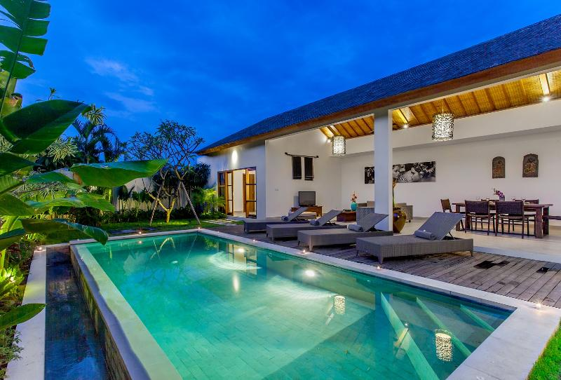 Villa 3, huge space for 4 guests - ECHO BEACH VILLA 3, best value, Beachfront ! - Canggu - rentals