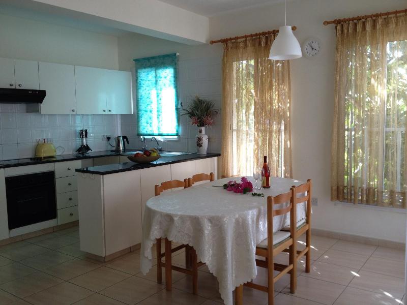 106 First Floor 2 Bedroom Apartment Kato Paphos - Image 1 - Paphos - rentals