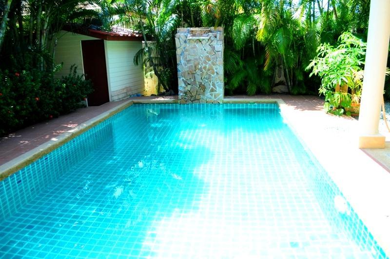2 BR - Private pool big huge villa in Naiharn - Image 1 - Sao Hai - rentals