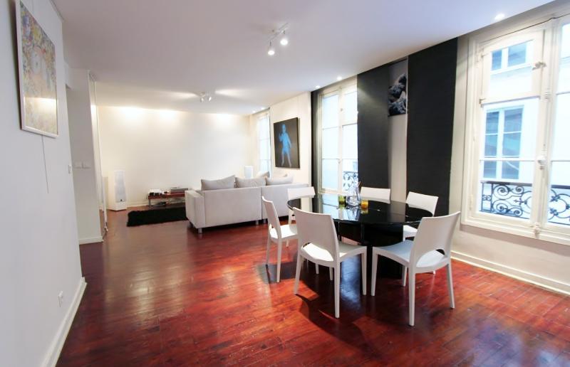 Galerie du Caire: Modern-Design-65m²-center of Paris - Image 1 - Paris - rentals