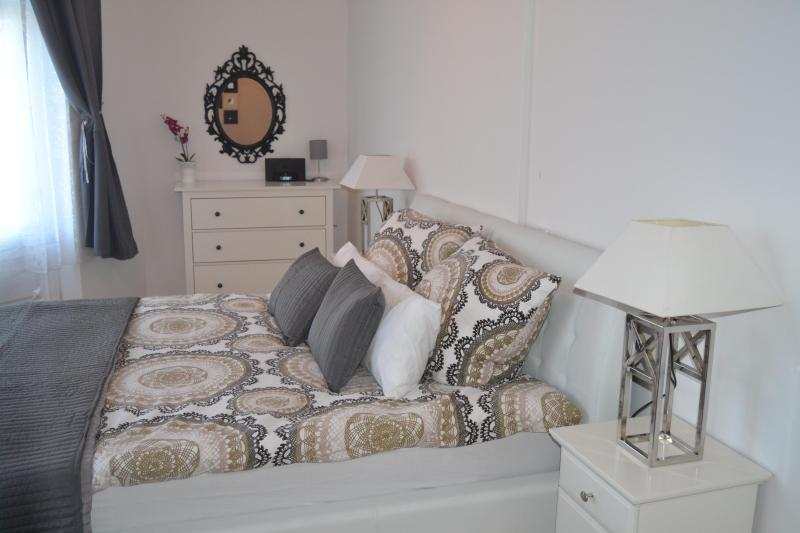 Grand Apartment-in the center of Berlin - Image 1 - Berlin - rentals