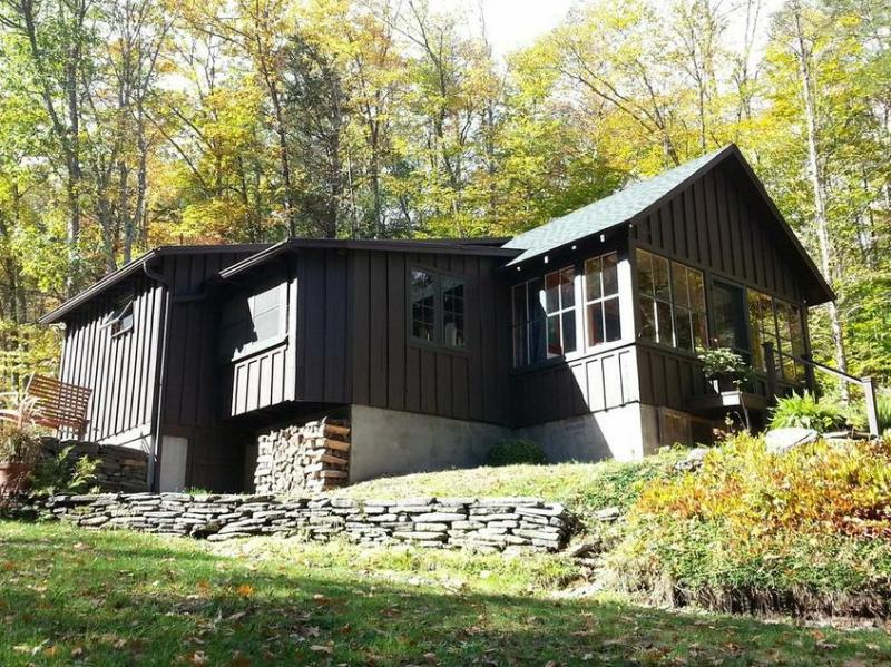 Back of the House - Charming Country Cabin by a Stream - Phoenicia - rentals