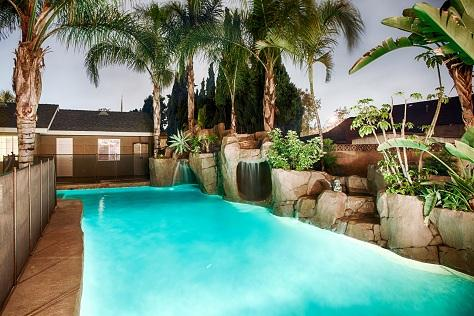 Entire Family will Love the Rock Slide Jungle Pool with Cave and Waterfalls...sweet! - *Disney Theme, Rock-slide Pool, Stage, Mini Golf - Anaheim - rentals