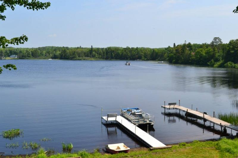 Beautiful, quiet lake for relaxing times. - Angler's Escape Secluded Northwood Lakeside Trails - Hurley - rentals