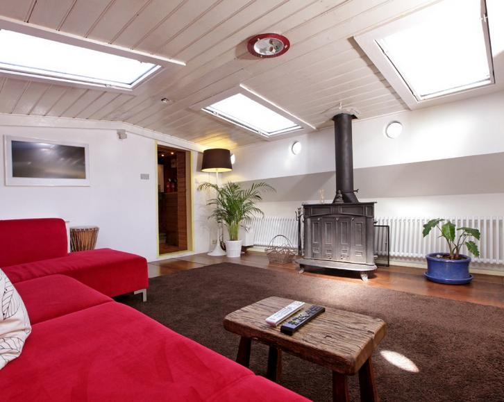 Very Cute and Romantic Amsterdam Houseboat - Image 1 - Amsterdam - rentals