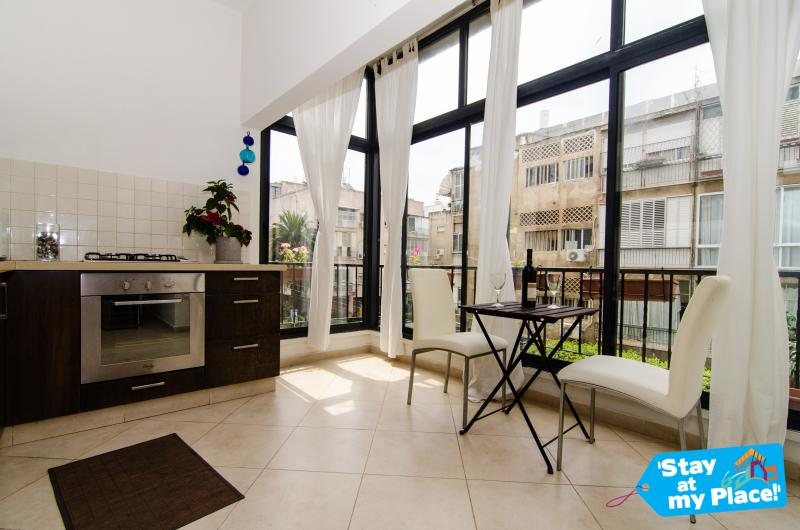 Al Harizi - 2 Bed Apartment (Old North) Tel Aviv - Image 1 - Gedera - rentals