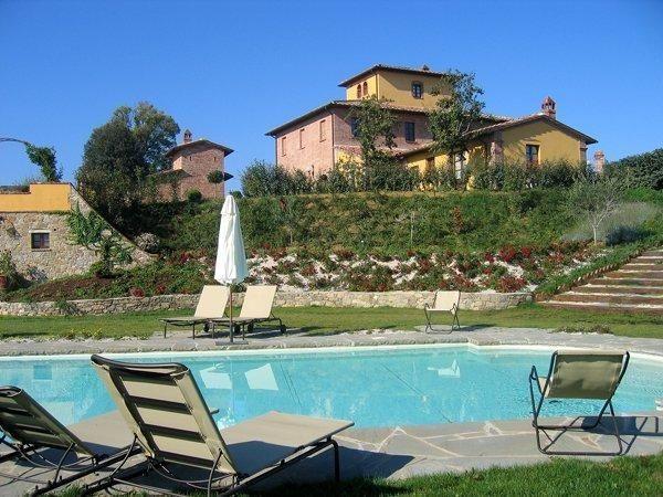 11 bedroom Villa in Bettolle, Tuscany, Italy : ref 2266227 - Image 1 - Guazzino - rentals