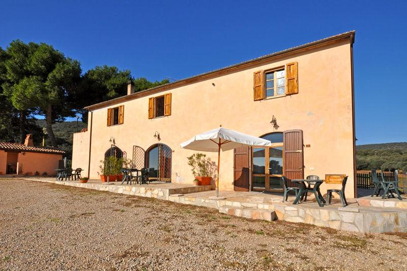 Nice 3 Bedroom Tuscan Farmhouse on the Hills - Image 1 - Talamone - rentals