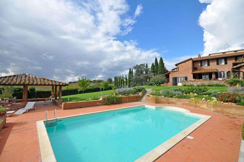 Casamaggiore - 82115001 - Image 1 - Gioiella - rentals