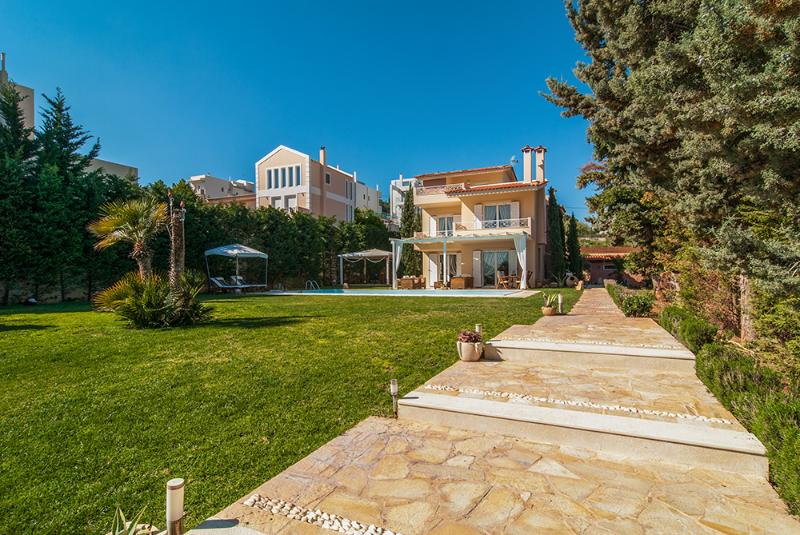 Villa with pool in Lagonisi Athens - Image 1 - Kalyvia Thorikou - rentals