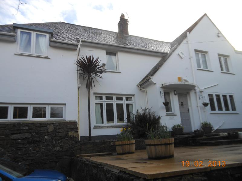 front view of house - full board  / English lessons for foreign couples - Falmouth - rentals