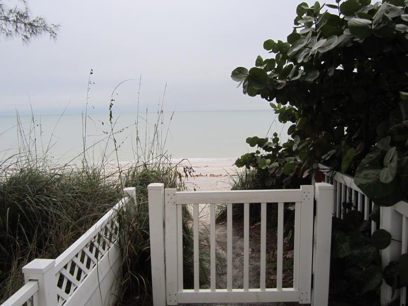 Private Beach Access - Sunrise & Sunset- Bayfront and Private Gulf Beach! - Treasure Island - rentals