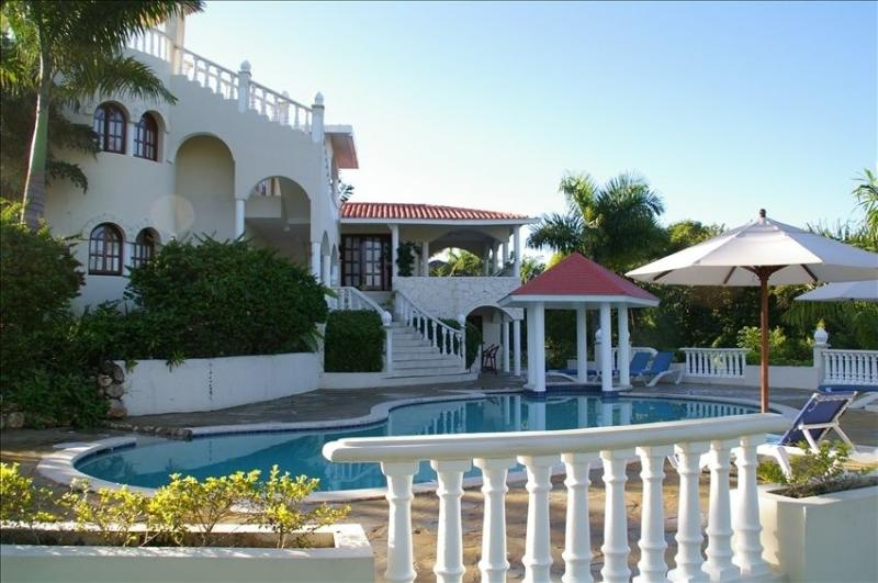 Value & Luxury - 6 Bedroom Dominican Resort Villa - Image 1 - Puerto Plata - rentals
