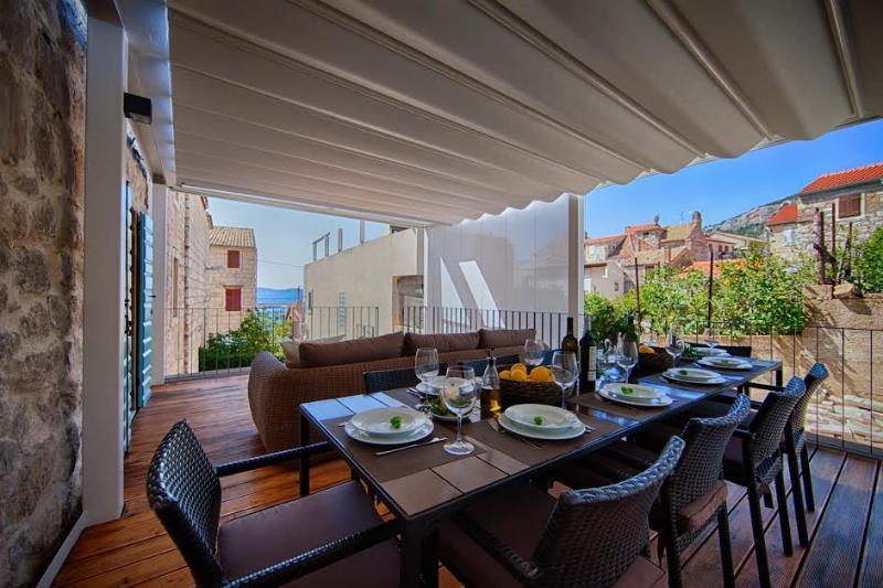 Sea view Villa Maris Komiza by the sea - Image 1 - Komiza - rentals