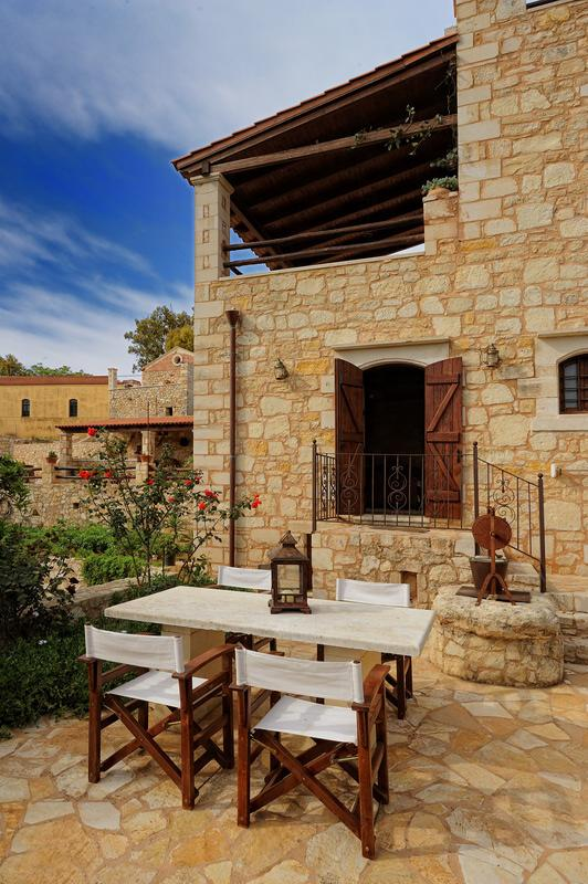 Cretan hospitality in a traditional setting. - Image 1 - Kefalas - rentals