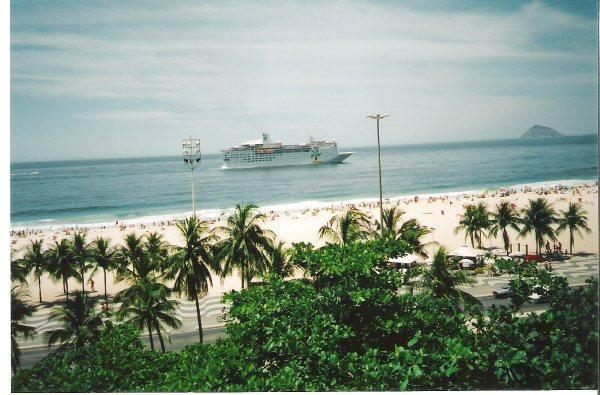 Vista Espetacular! Frontal Praia de Copacabana e Leme, 3qts/2bah, até 8 pessoas - AP06 LEME - Image 1 - Rio de Janeiro - rentals