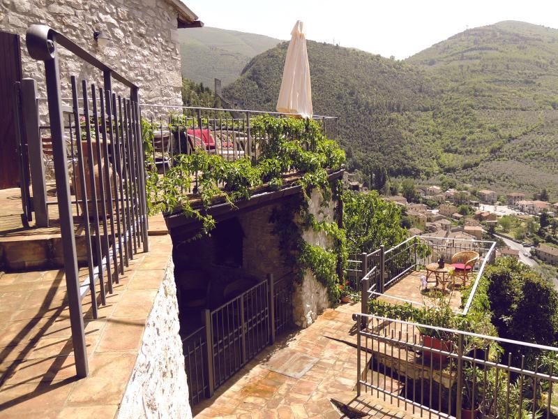 Casa SMERALDO +piscina,Sauna,Terrazzo,Giardino - Image 1 - Ferentillo - rentals