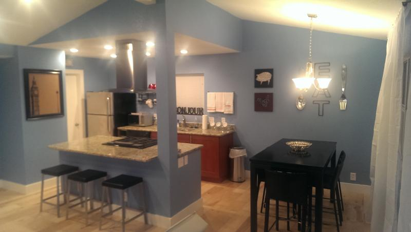 Kitchen with everything youll need - Hot 51st St Walk to Mueller 2BDR Modern sleeps 7 - Austin - rentals