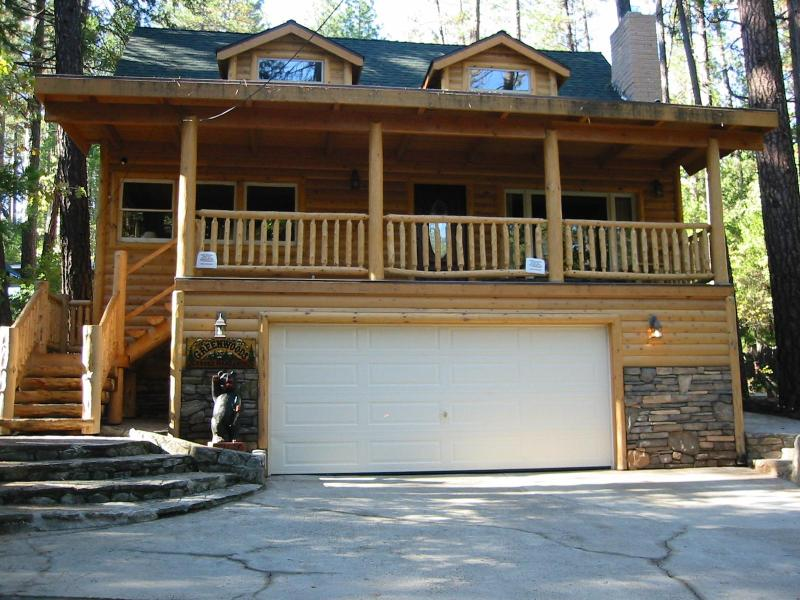 The Greenwood Lake House - Awesome Cabin, New Kitchen - Bass Lake - rentals
