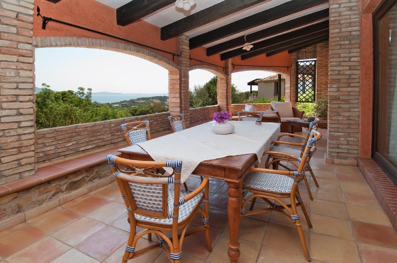 Villa Turquoise, luxury villa by the beach - Image 1 - Villasimius - rentals