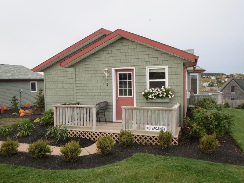Entrance - Seawinds Executive Cottage #4 - Rustico - rentals
