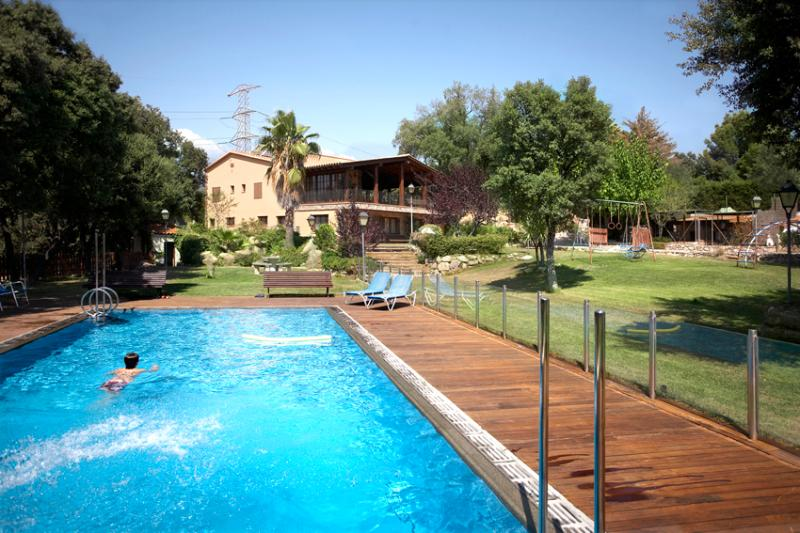 Marvelous country estate in Matadepera, only 20km from Barcelona and beaches! - Image 1 - Matadepera - rentals