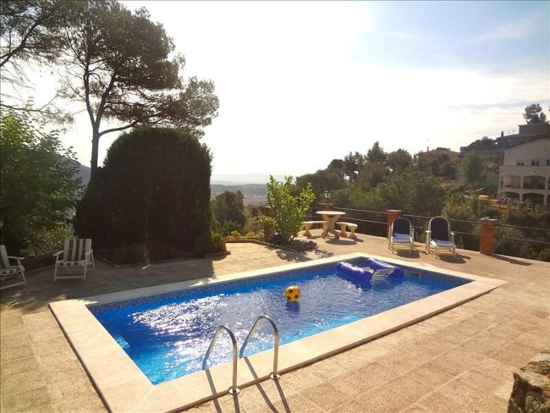 Cova del Drac villa for 10 guests nestled next to lush forests of a natural park - Image 1 - Castellar del Valles - rentals