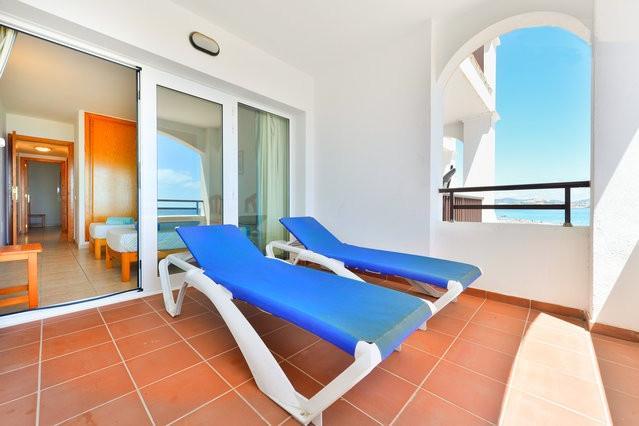 Cozy Apartment in front of Space - Image 1 - Playa d'en Bossa - rentals