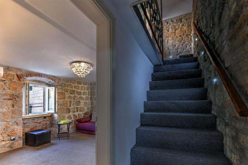 Indoor steps - Two bedroom villa Veli Varos Split center - Split - rentals