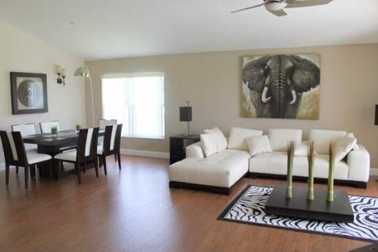 Ultra Modern 4 Bedroom Pool Home In Rolling Hills. 7931GP - Image 1 - Orlando - rentals