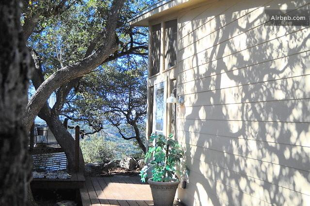 The private Guest House - Room 1- Hill Country guest house w/ Views - Pipe Creek - rentals