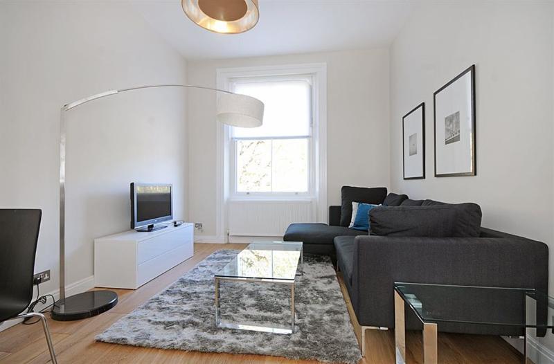 Elegant and bright living area - LUXURY!! 2 Bed Kensington Hyde Park - SUBWAY 1 min - London - rentals
