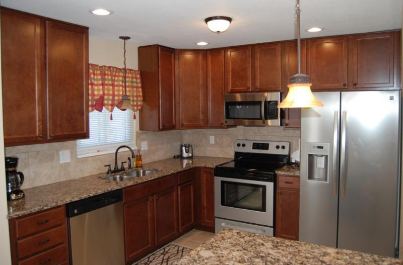 Updated kitchen with granite counters and stainless steel appliances - The Palmer furnished vacation rental - Colorado Springs - rentals