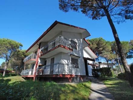 Villa Flamicia ~ RA33362 - Image 1 - Lignano Riviera - rentals