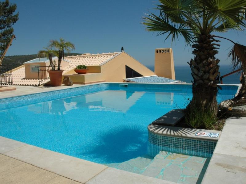 Swimming pool area - Amazing Sea View,private Heat Pool Near Lisbon Bea - Sesimbra - rentals