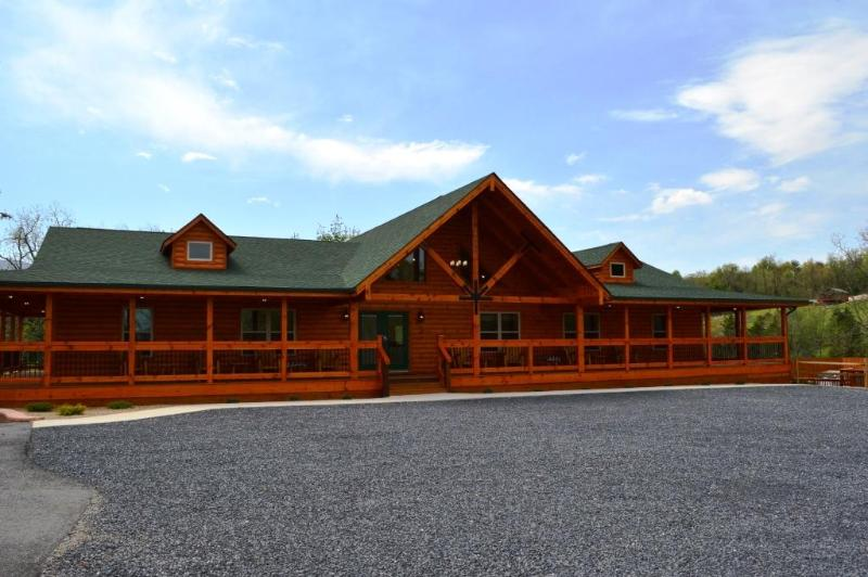 The Lodge at Hawksbill Retreat - Hawksbill Retreat - The Lodge - Luray - rentals