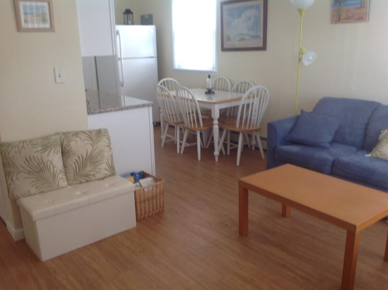 Beach block 2b/2b First Floor - cozy, clean, pets. - Image 1 - Brigantine - rentals