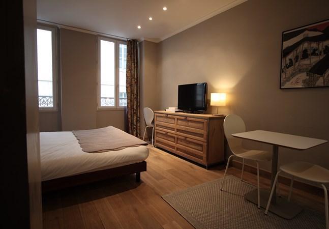Petit Roch: Amazing and Modern Studio near Louvre Museum - Image 1 - Paris - rentals